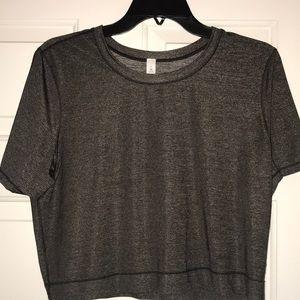 Lululemon cropped shirt